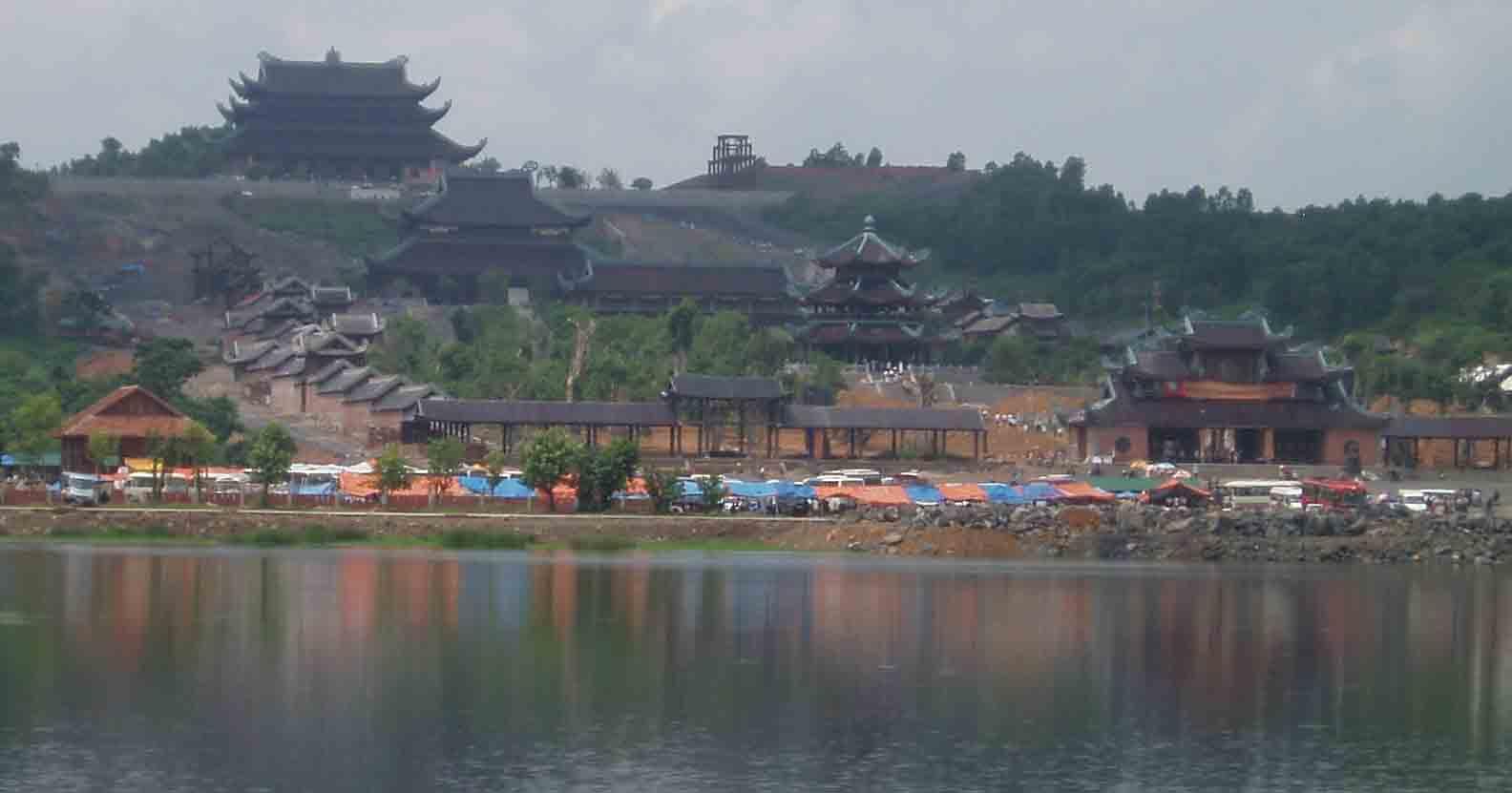 Du lịch cùng UBND Tỉnh Ninh Bình